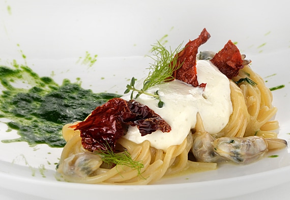 spaghettoni vongole